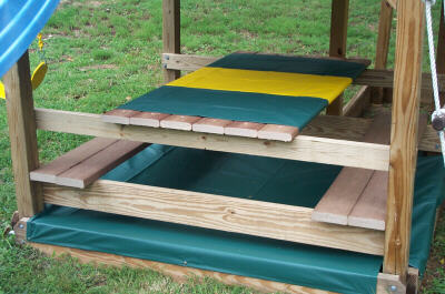 Jungle Fort W Picnic Table